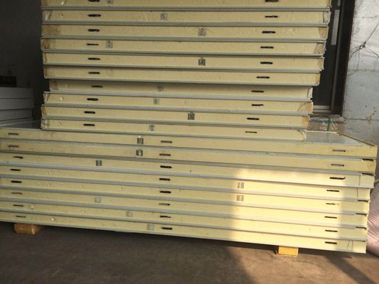 China Quick Frozen Cold Storage Doors 200mm Thickness PU Sandwich Panels For Food Processing supplier